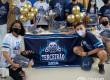 Anchieta promove 'Drive Thru da Saudade' em despedida aos alunos do 3º ano
